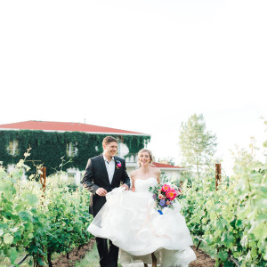 Lauryn_Kay_Photography_Oregon_Monet_Vineyards_Rainbow_Wedding-224